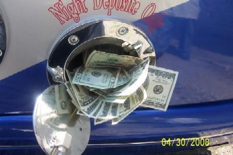 Money in night deposit